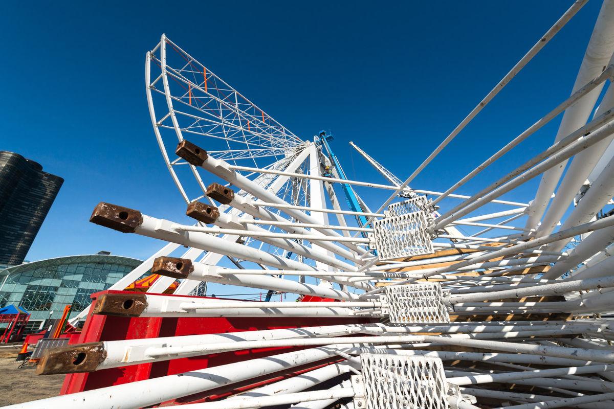Ferris Wheel Construction