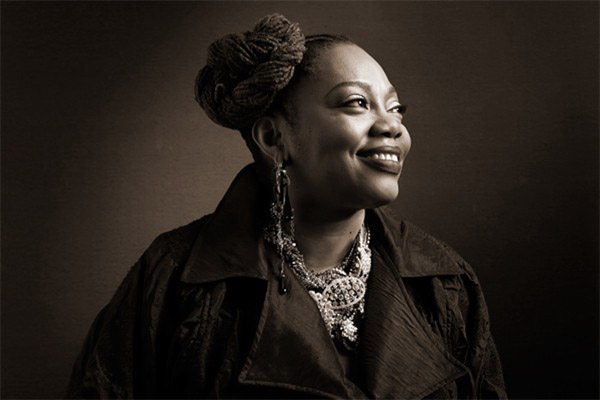 On Friday, June 29, 2018, see blues band Dee Alexander Quartet perform a free, all-ages show at the Lake Stage at Polk Bros Park at Navy Pier with special guests The Right Now, Syleena Johnson and Isaiah Sharkey.