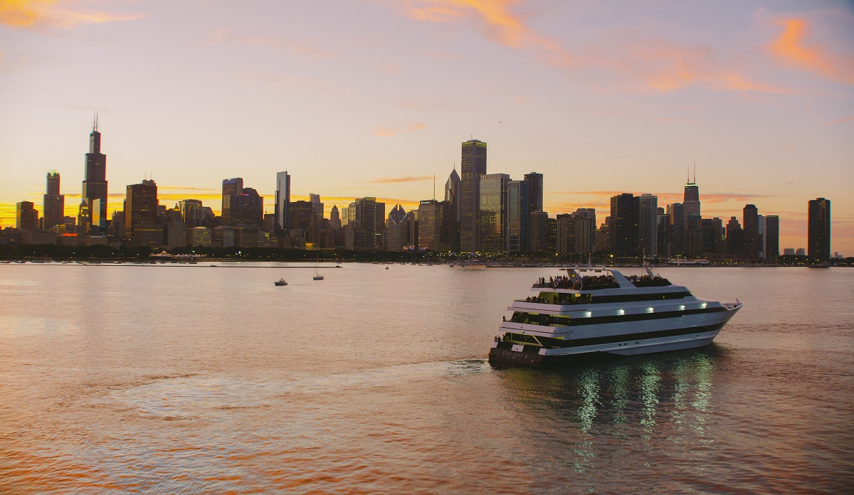 Lake Michigan Cruises And River Cruises In Chicago