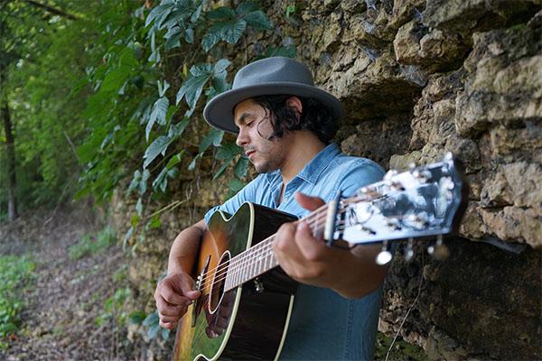 Orlando Peña to perform at Sequence Chicago at Navy Pier.